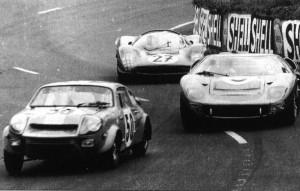Marcos-Mini-Le-Mans-1966-Ballot-Lena-300x191
